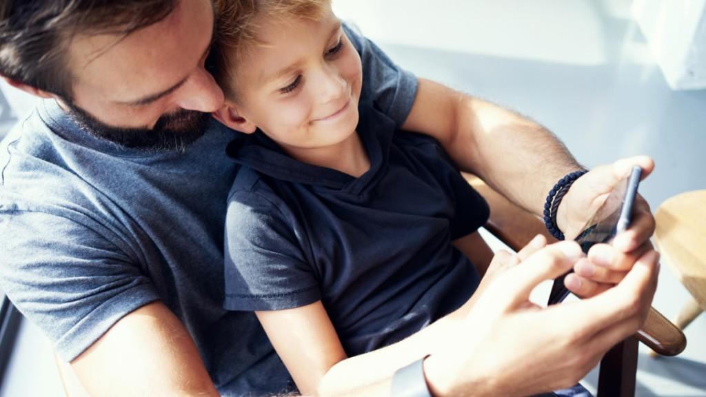 Puedo llevar a mi hijo al psicólogo sin que mi ex lo sepa