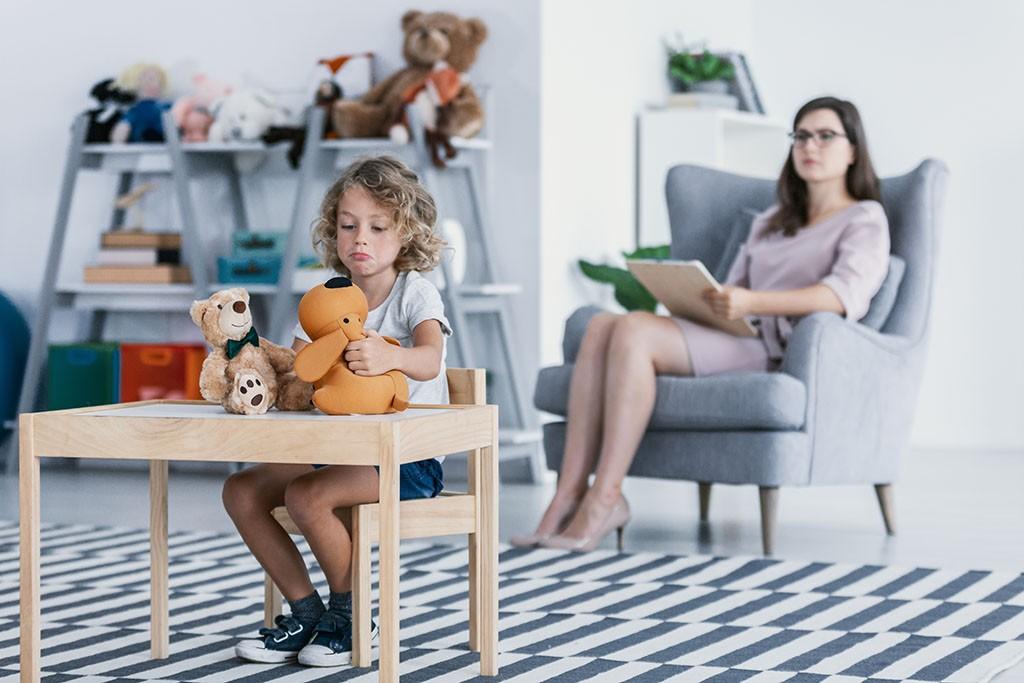 Psicólogo especialista en adopción en A Coruña