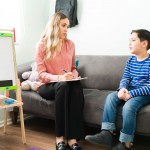 Cómo saber cuánto llevar a un niño al psicólogo